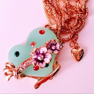 NEW! AQUA GREEN HEART W/FLORAL JEWELED MOTIF GOLD